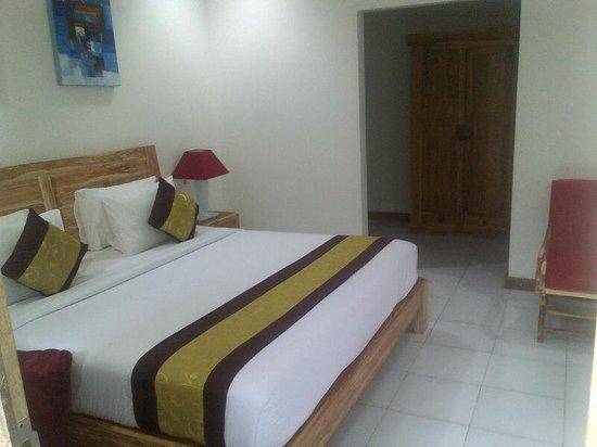 Lubdhaka Canggu Residence: bedroom