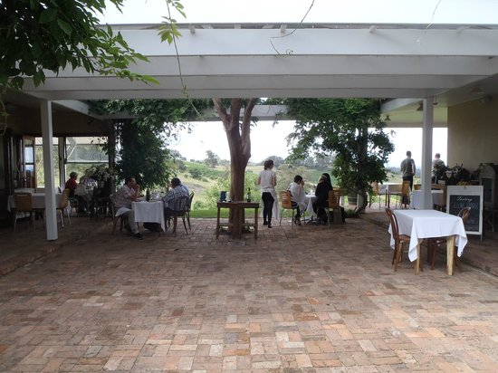 Bistro Molines: Outside dining