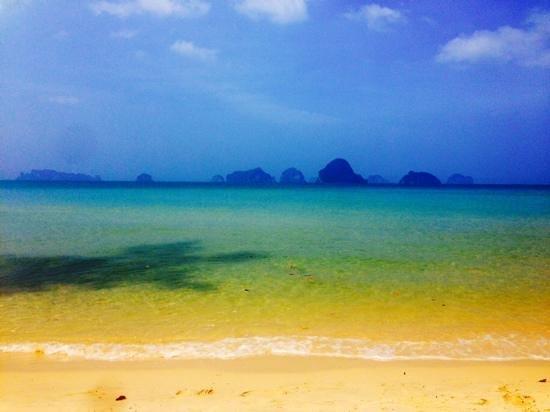 Amari Vogue Krabi : view from hotel across to Hong Island