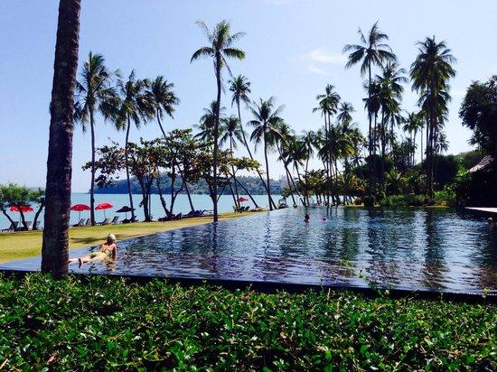 The Vijitt Resort Phuket: The huge pool