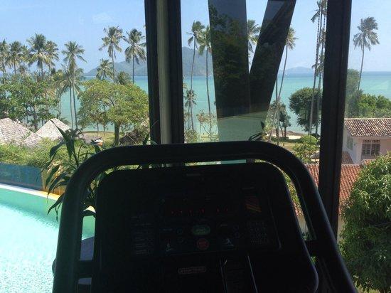 The Vijitt Resort Phuket: Not a bad view from the running machine!!