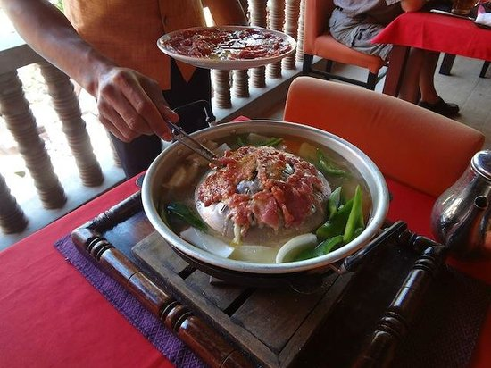 Golden Temple Hotel: Khmer BBQ