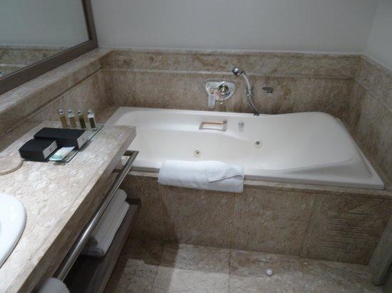 InterContinental Sao Paulo: Junior Suite - Bath