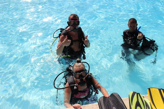 Dressel Divers : Dressel introductory diving, Punta Cana