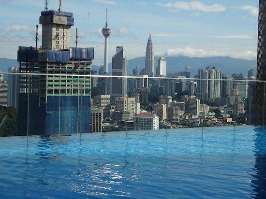 Aloft Kuala Lumpur Sentral: Pool