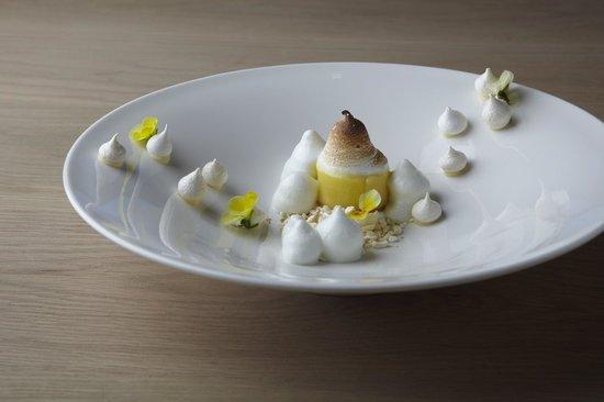 Cavalli Restaurant : Lemon tart