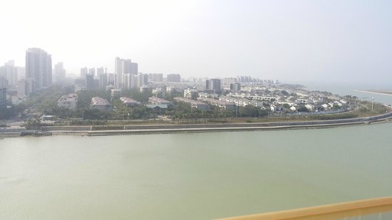 Howard Johnson New Port Resort Haikou : view