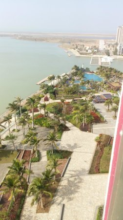 Howard Johnson New Port Resort Haikou : grounds