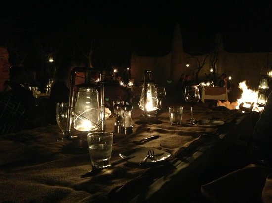 Lion Sands River Lodge: Campfire Dinner