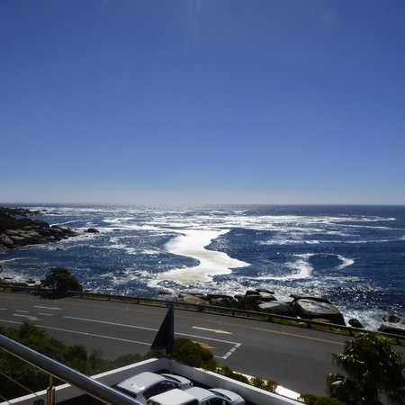 The Twelve Apostles Hotel and Spa : Twelve Apostles room view
