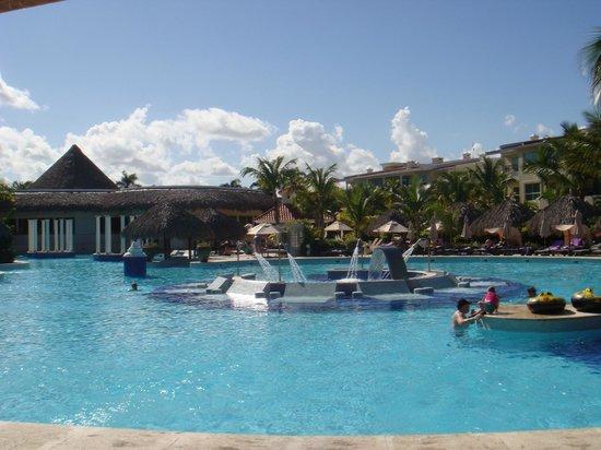 Paradisus Punta Cana Resort: Pool im Reserve