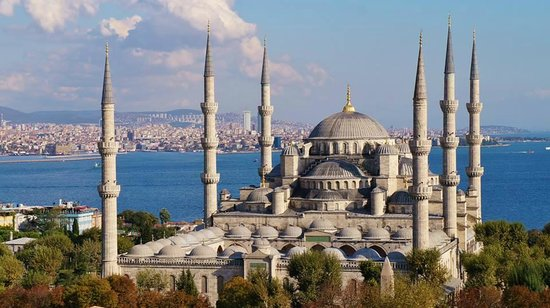 Magnificent Travel- Private day tours: Blue Mosque/Sultanahmet cami by Tung Han-Ning