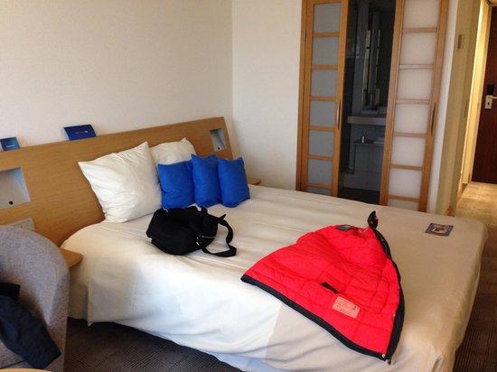 Hotel Novotel Den Haag City Centre : Standard room
