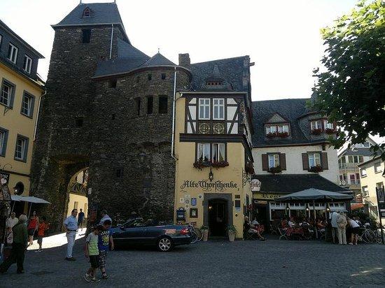 Alte Thorschenke: Hotel con torre antica