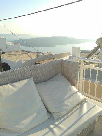 Reverie Santorini Hotel : terrazza panoramica Reverie