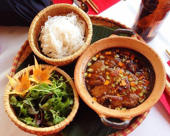 The Gourmet Corner Restaurant: Delicioso!! No recuerdo el nombre del plato.