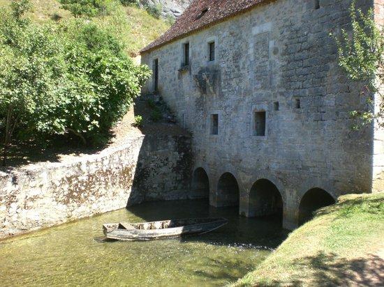Payrac, Frankreich: l'Ouysse qui passe