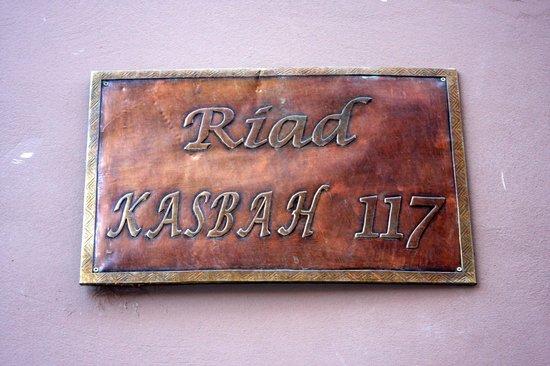 Riad Kasbah 117 Marrakech: Riad Kasbah 117 sign outside