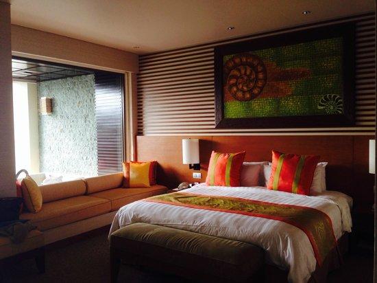 Shangri-La's Rasa Ria Resort & Spa: Ocean Wing Bedroom