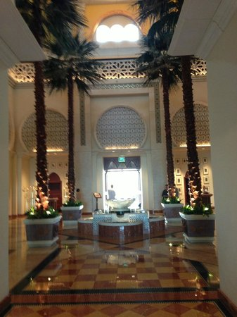 The Palace at One&Only Royal Mirage Dubai: Hoteleingangshalle / Lobby