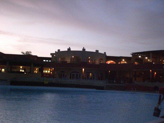 Royal Decameron Boa Vista : l'hôtel avant le lever du soleil