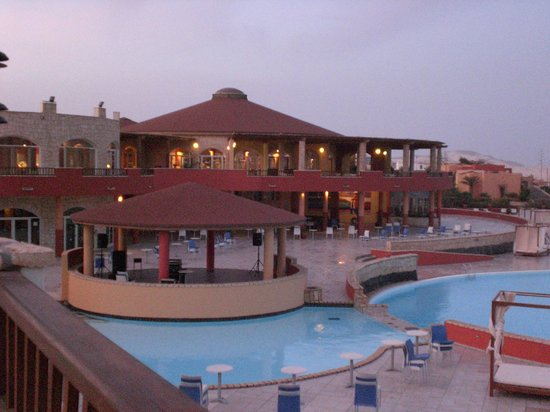 Royal Horizon Boa Vista : le restaurant au lever du soleil le jour du départ