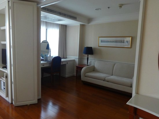 Centre Point Sukhumvit 10 : Two-Bedroom Executive Suite in Center Point Sukumvith, excellent room service