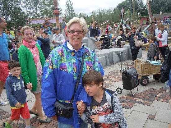 Met mamie en papie naar Plopsaland De Panne