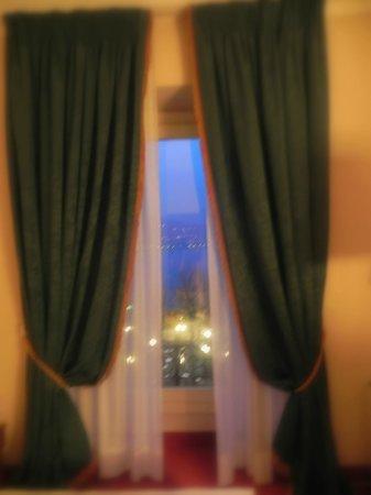 Palace Hotel: Ausblick Fenster innen