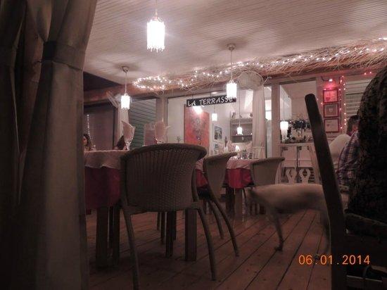 Nur Wenige Meter Bis Zum Meer - Picture Of La Terrasse, Las ... Terrassen Design Meer Bilder