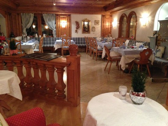 Hotel Sonnenhof - St Vigil in Enneberg, Dolomiten: ristorante