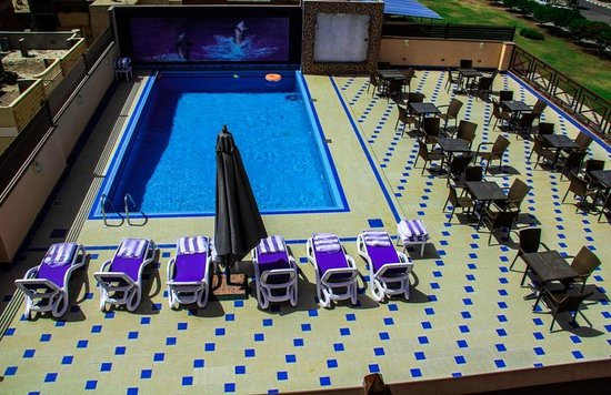 10th of Ramadan City, Egipt: swimming pool