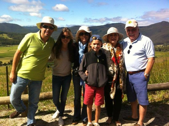 Play A Round in Tassie Day Tours: Guests from Mexico on Christmas Eve