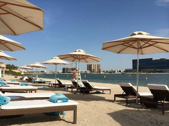 The Ritz-Carlton Abu Dhabi, Grand Canal: Beach
