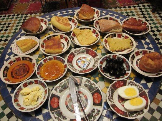 Dar Hafsa: 豪華な朝ごはん