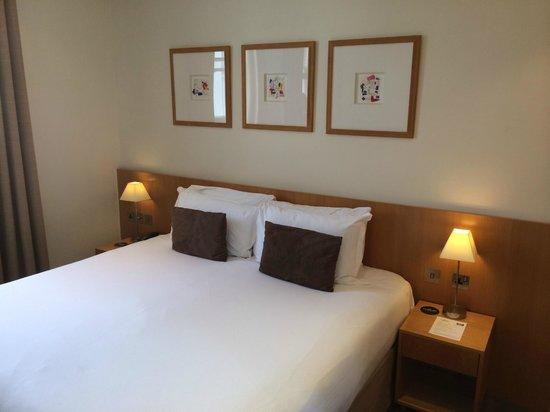 The Nadler Kensington: Room 503