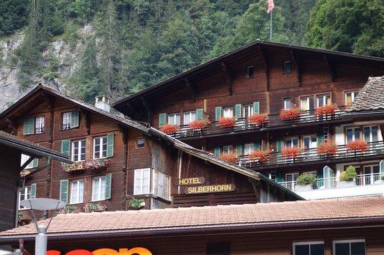 Hotel Silberhorn: Outside view