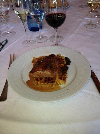 Brasserie FLO: Pavé de veau sauce morilles & gratins de macaronis au parmesan