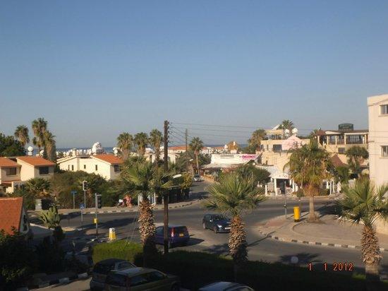 Damon Hotel Apartments : Paphos,Cyprus