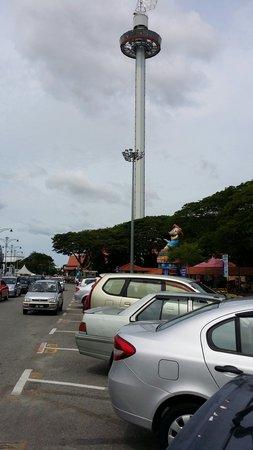 Menara Taming Sari: 馬六甲旋转塔