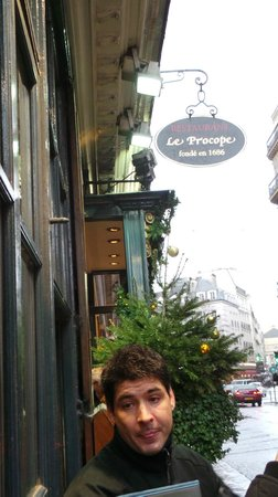 Flavors of Paris Walking Tours: Our funny and entertaining Guide, Pat (Nicknamed Patito Wara Wara)