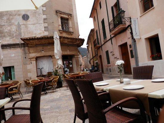 Placa Major: great town to visit