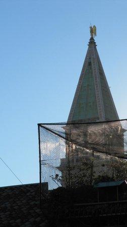 Antica Locanda al Gambero: il campanile dalla finestra