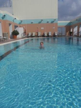 Sheraton Suites Plantation, Ft Lauderdale West: Zwembad op het dak