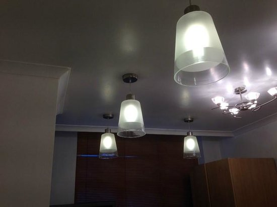 Landmark Apartments : Lights 4-6