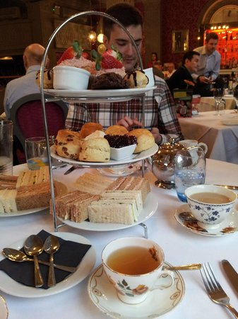 Grand Cafe: Afternoon tea