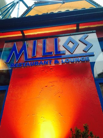 Millos Greek Restaurant & Lounge: GET SPELLING CORRECT!