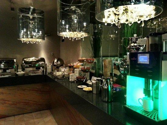Radisson Sonya Hotel : Завтрак