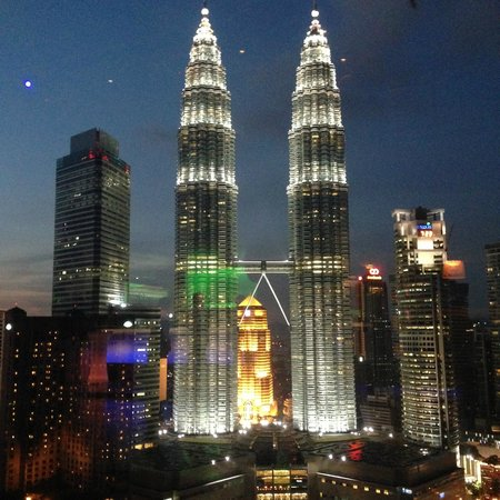 View Of Twin Tower Night Picture Of Skybar Kuala