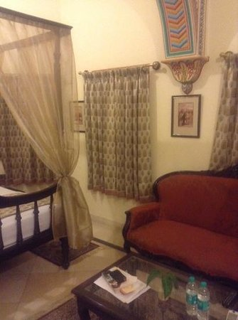 Alsisar Haveli : our room